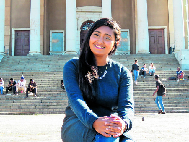 Taahira Goolam Hoosen (27)