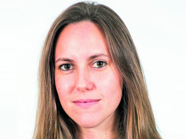 Nicole Loser (30)