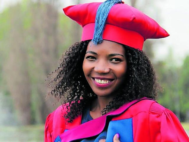 Dr Rofhiwa Mukhudwana (34)