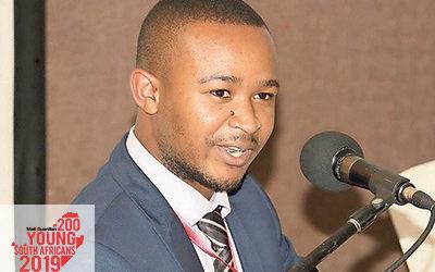 Bhaso Ndzendze (23)