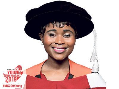 Dr Tebogo Mashifana (31)