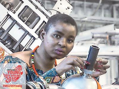 Senamile Masango (32)
