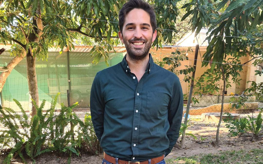 Dr Lionel de Gouveia, 32